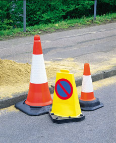 Road Cones & Lamps